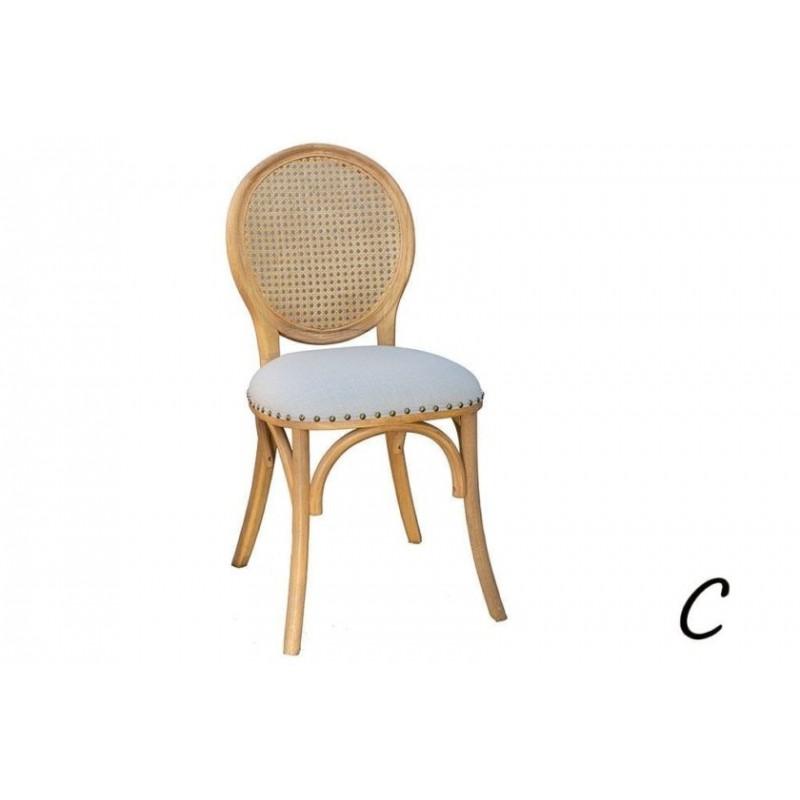 כסאות מרופדים מעץ בשלושה דגמים לבחירה