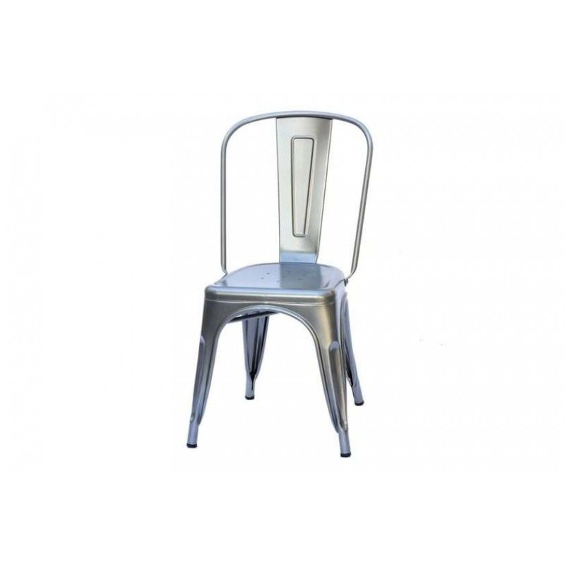 כסא כסוף ממתכת