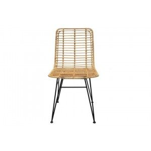 כסא ברזל ובמבוק